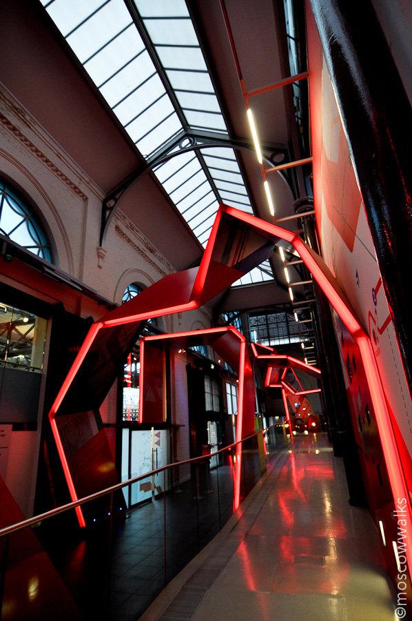 Лондонский музей транспорта. Англичане славятся своей дотошностью в собирании различных вещей, поэтому и музеи у них получаются изумительные.