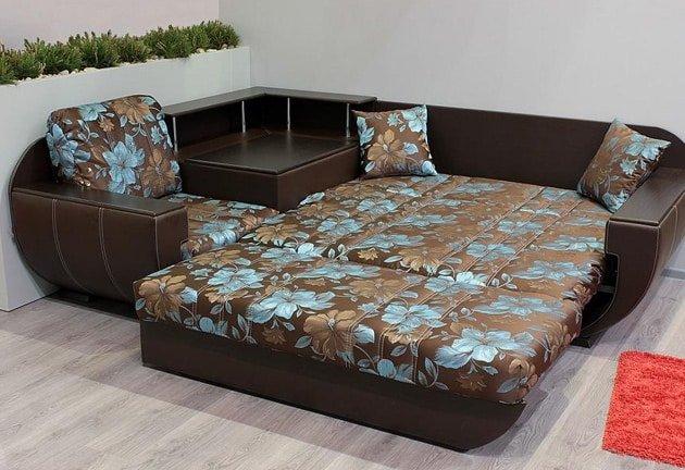 Многих интересует, какой диван лучше выбрать для ежедневного сна, которое обеспечивало бы комфорт в ночное время. Читайте подробнее в статье по ссылке