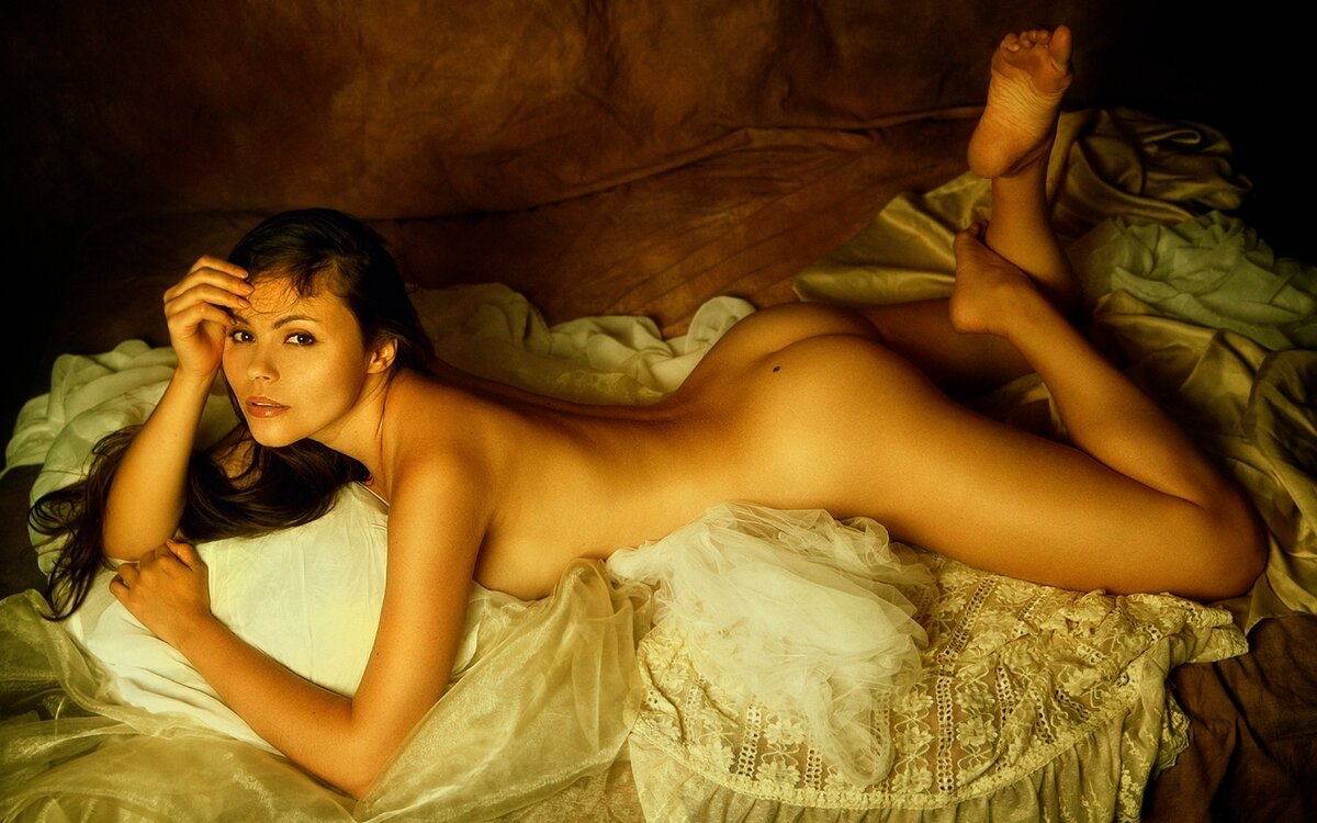 free-erotic-photography-galleries-women-pussy-juice