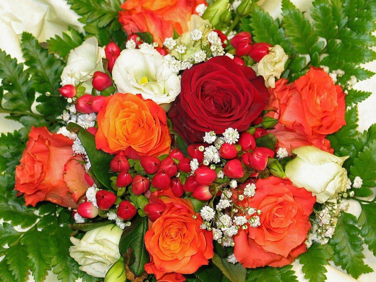 праздничные картинки с розами хотят накачать