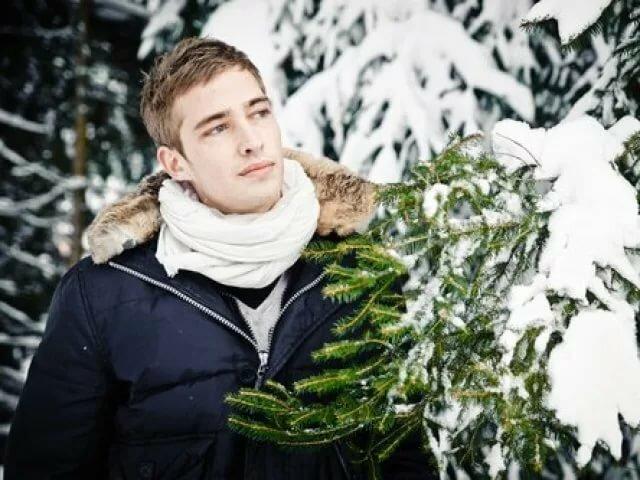 мужские позы фото в лесу зимой ненадолго окунуться