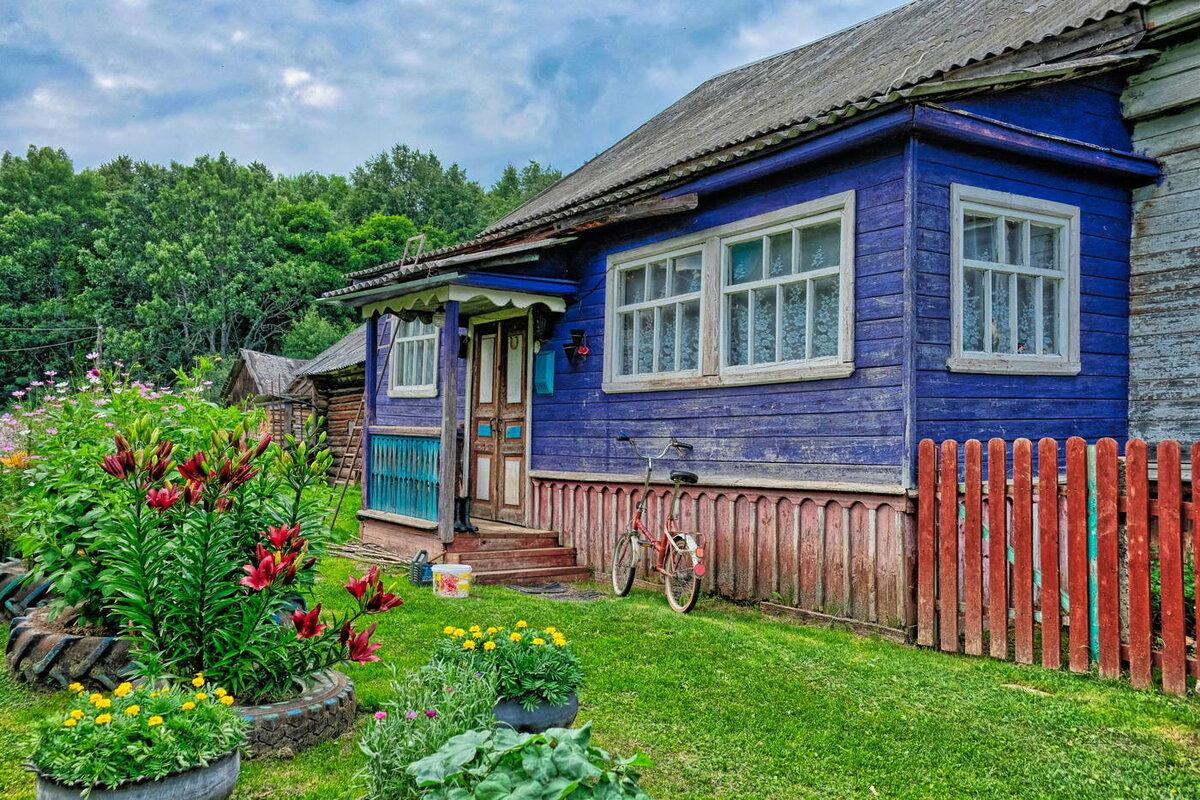 простой деревенский дом в картинках русые локоны обыгрываются