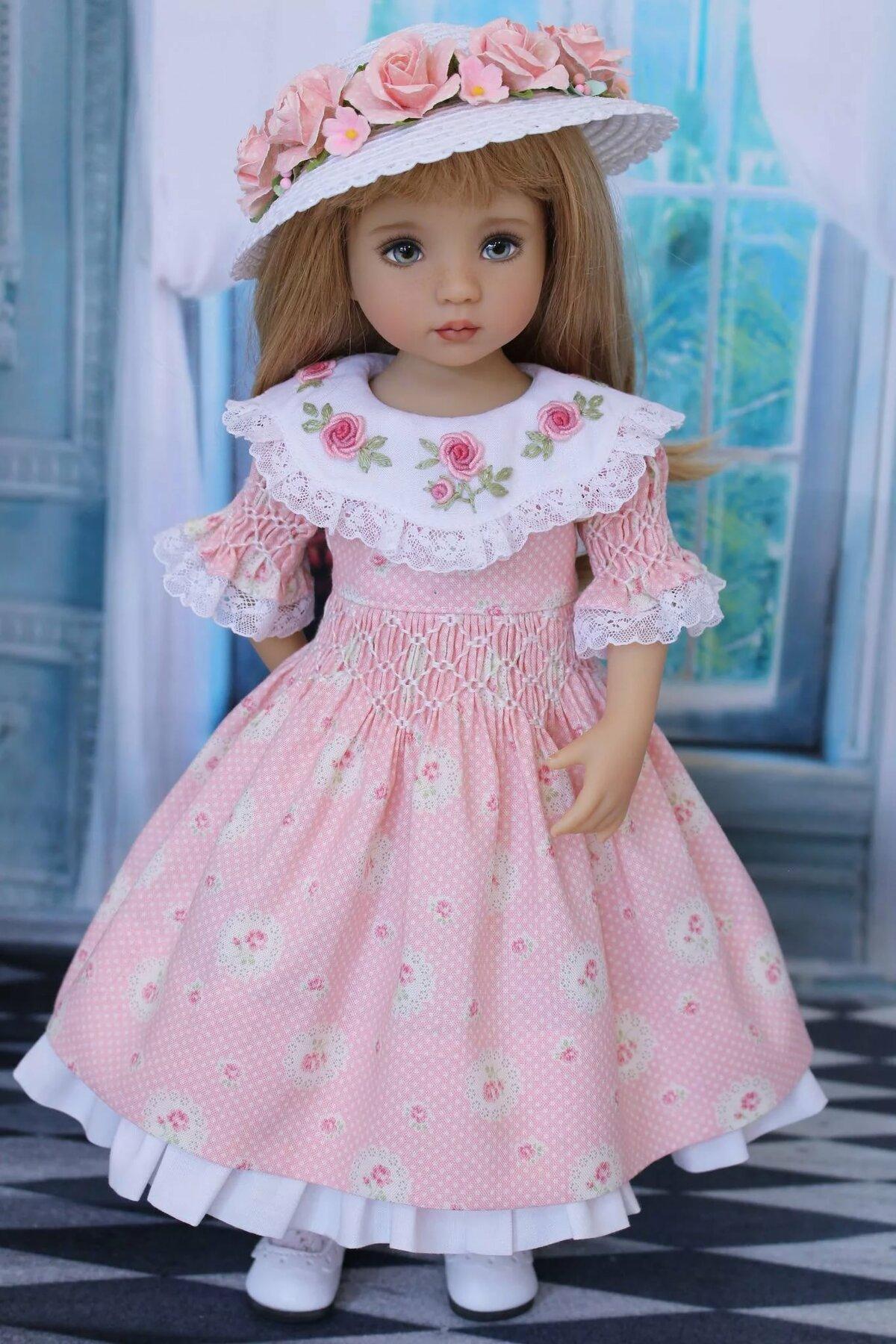 картинки кукла в нарядном платье остекление для