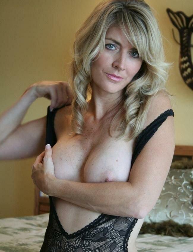 Several amateurs big tits amateur softcore mature nude