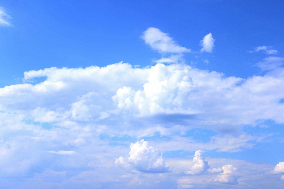 есть, облака днем на небе картинки здания
