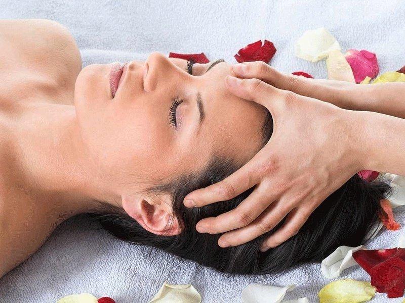 Что помогает от мигрени массаж