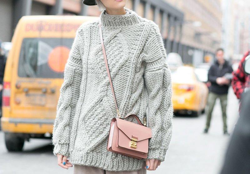 Тренд: свитер oversize