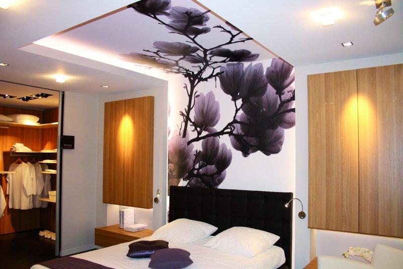 Дизайн потолка в спальне: простые и сложные варианты оформления дизайн потолка в спальне