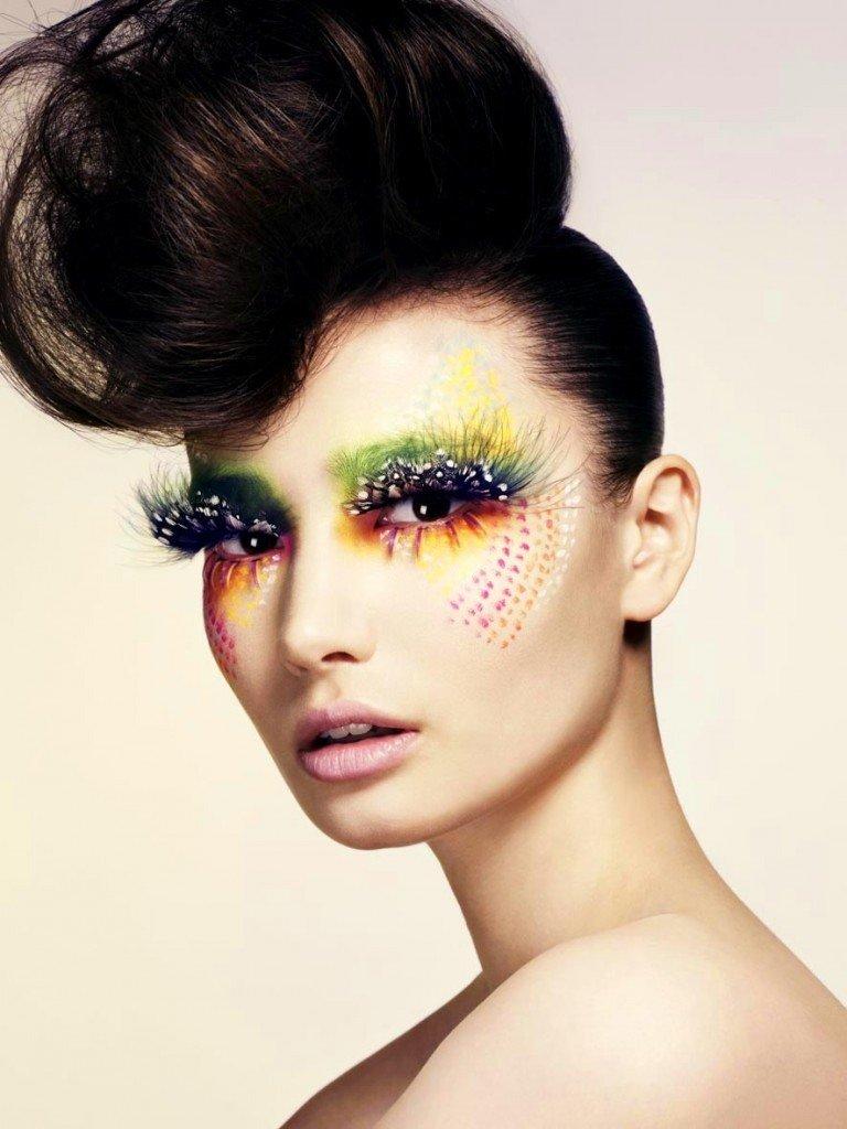 вам нравится фото креативного макияжа рисунком эту публикация