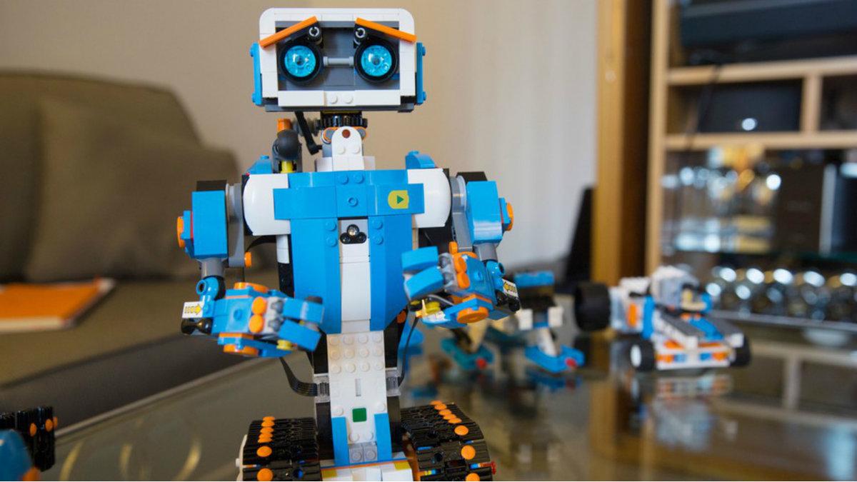 картинки лего робота верни марамурешские
