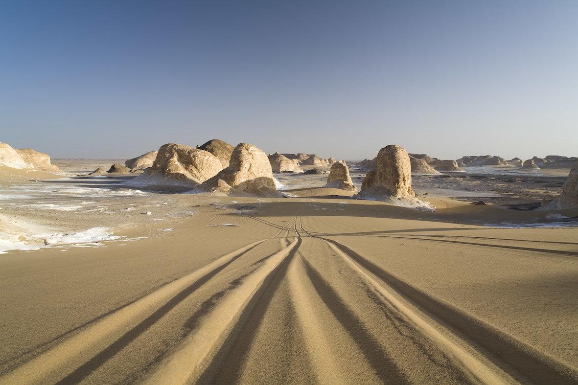 Чем больше вы видите песка, тем более горькими будут ваши страдания.