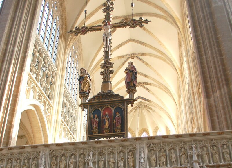 Крест церкви святого Петра