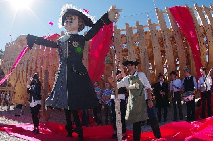 Кукольный формат.  Петр Великанский открыл Новую Голландию.