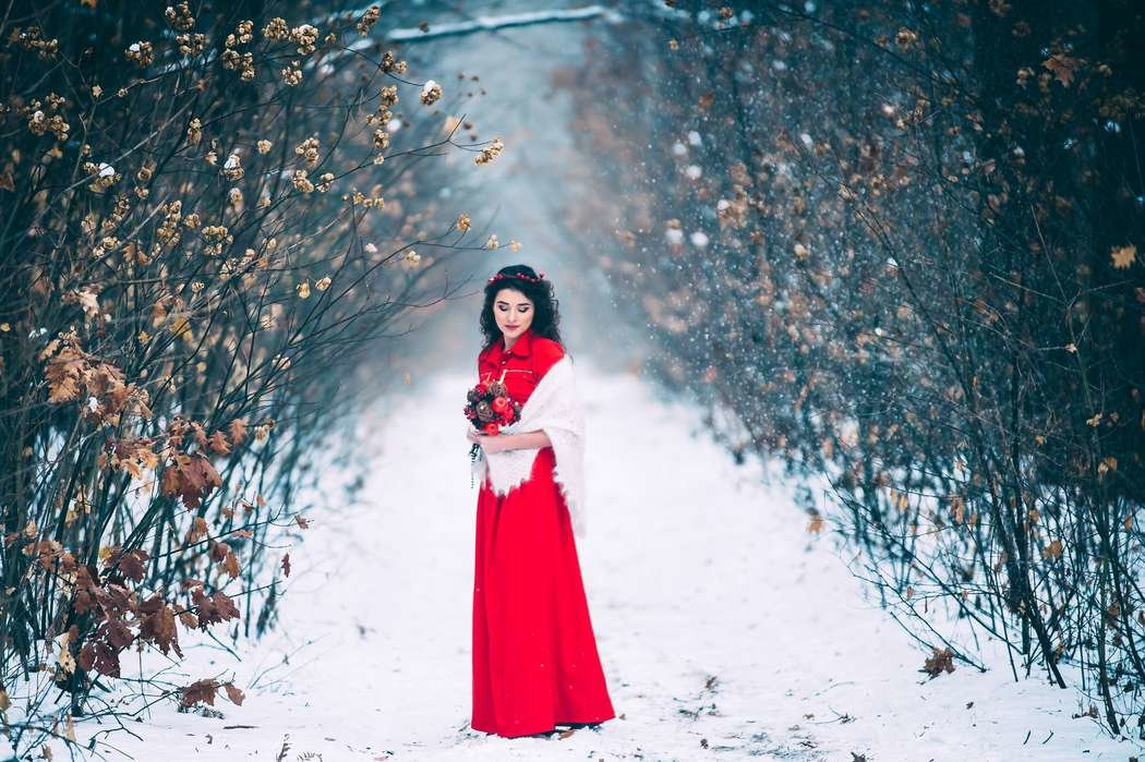 уличная фотосессия в платье зимой западе имя часто