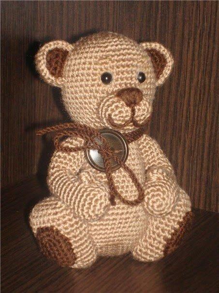 Вязание крючком игрушки медвежата - Медвежата не оставляют равнодушными ни взрослых, ни детей.