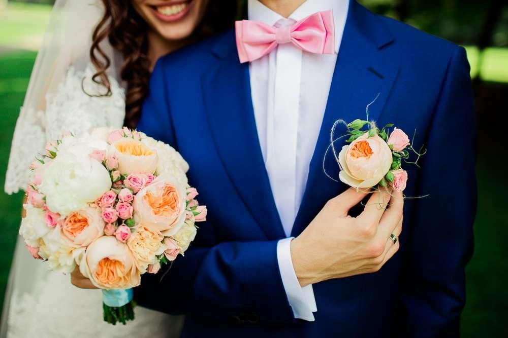 Букет невесты с бутоньеркой, дом цветов таллинне