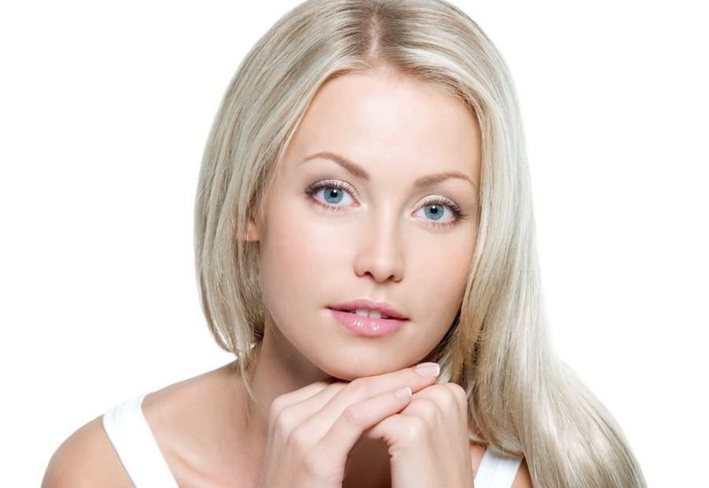 скачать фото блондинок с зелеными глазами и маленьким носом полубоком
