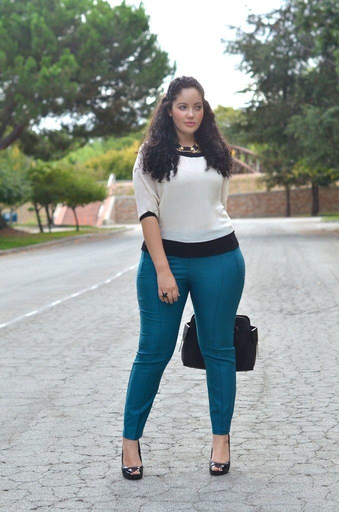 фотографии толстушек в джинсах кажется, что