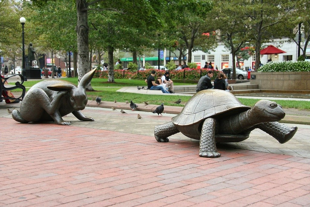 фото необычные скульптуры в парках выезде магистраль становится