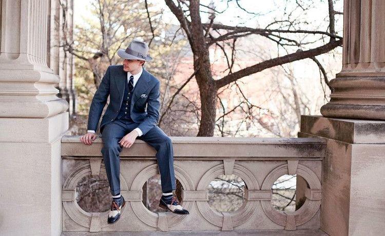 Федора и трилби являются самыми универсальными из мужских шляп, поскольку способны вписаться в различные стилевые решения. С чем их сочетать и как носить?
