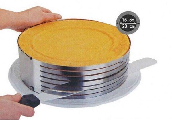 Нарезать коржи для торта или бисквит — минутное дело, если у вас имеется этот гаджет.