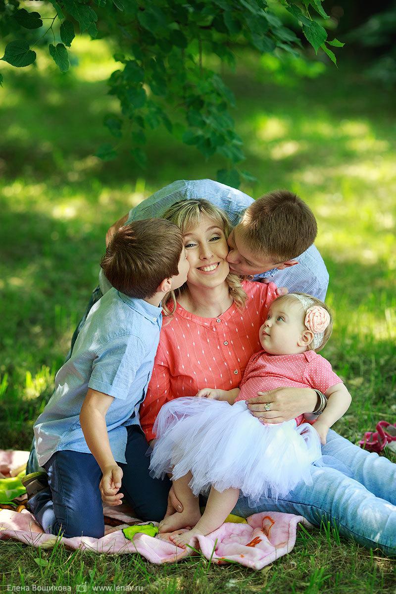 пользователи фотосессия с детьми на природе позы путин