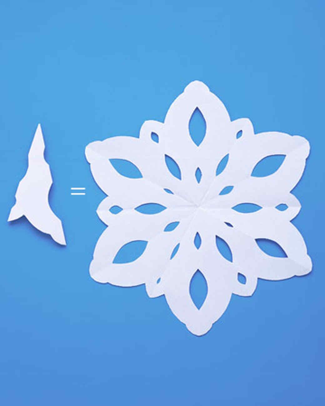 создании картинки легких снежинок малиново-красного цвета