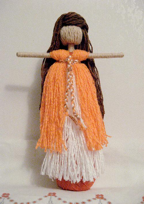 Кукла из пряжи своими руками