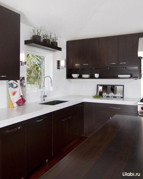 кухня венге — это кухня премиум-класса, поэтому стоимость у нее соответствующая.
