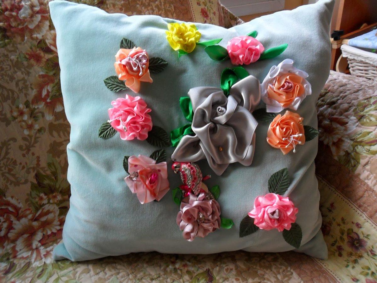 Объемные цветы в маникюре