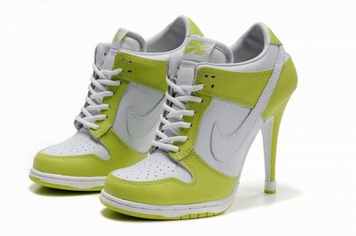 Картинки кроссовок на каблуке