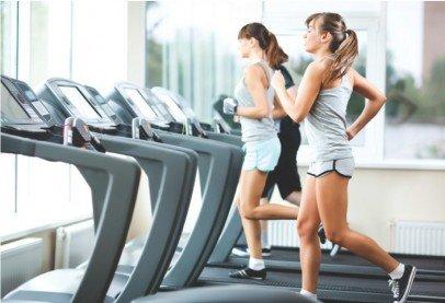Интервальная тренировка – эффективный тренинг для быстрого ... Во время выполнения упражнений интервальной тренировки необходимо вести  контроль расходования энергии, быть уверенным в том, что занятия проходят с  той ...