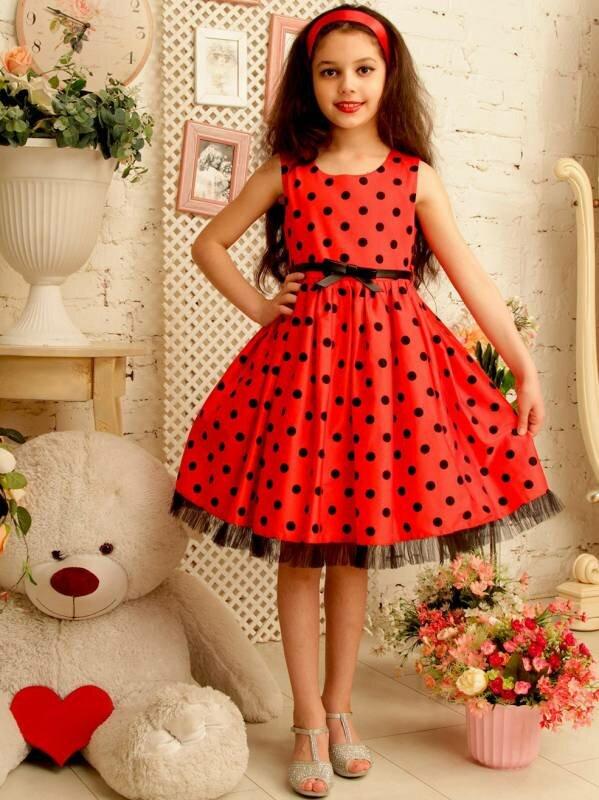 нарядное платье в горошек для девочки