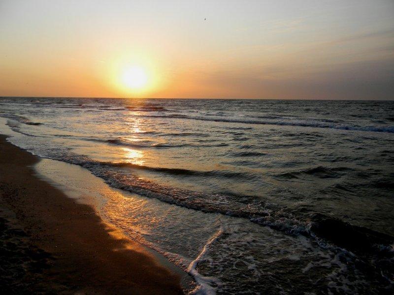 Рассвет на Азовском море