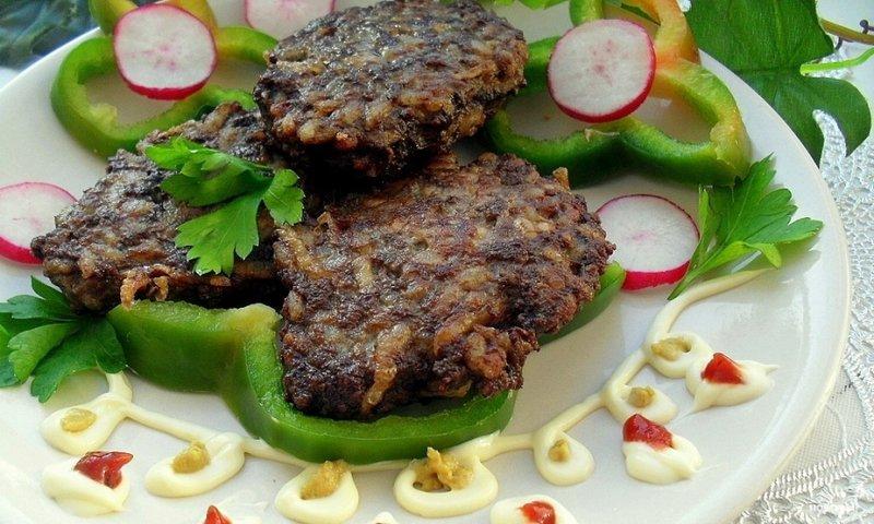 Рецепты печеночных салатов с фотографиями пошаговый