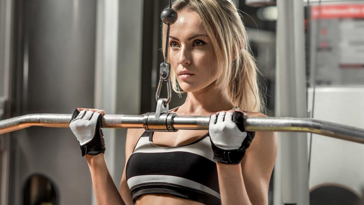 Фото девушек в фитнес зале, Спортивные девушки (37 фото) 9 фотография