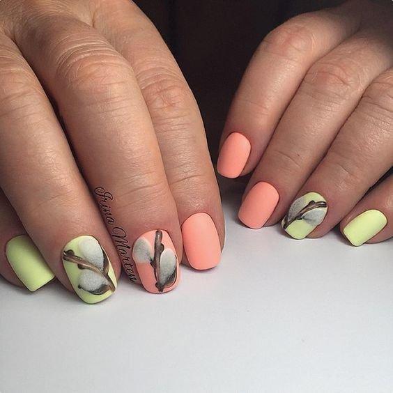 В какой цвет покрасить ногти на ногах