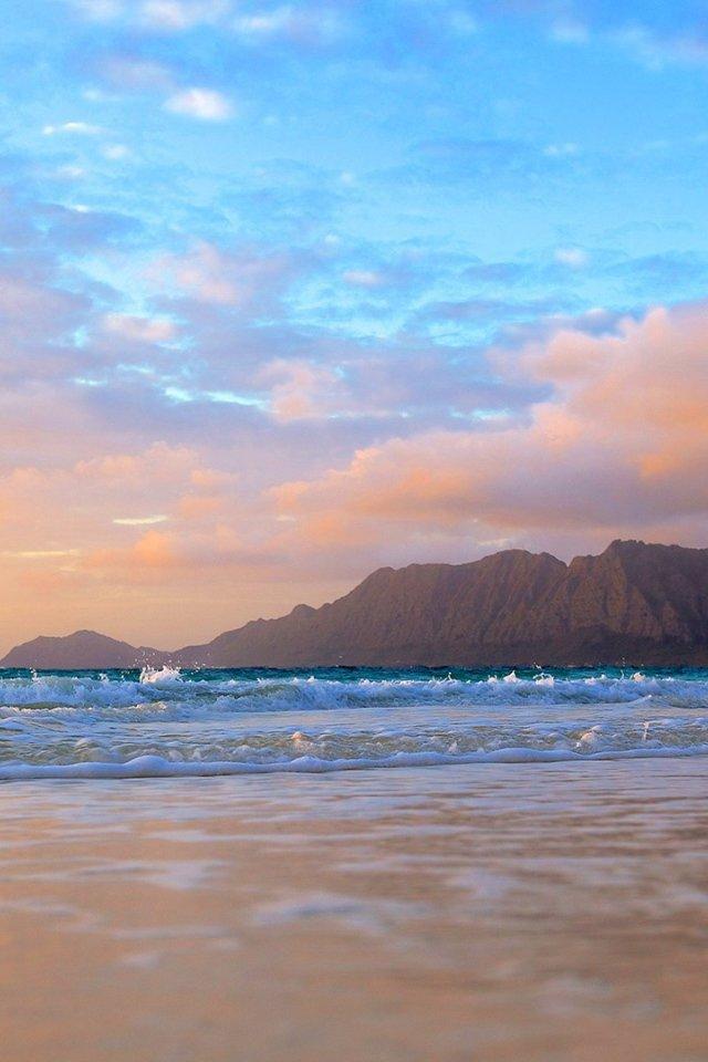 Рассвет на острове Оаху,Гавайи.