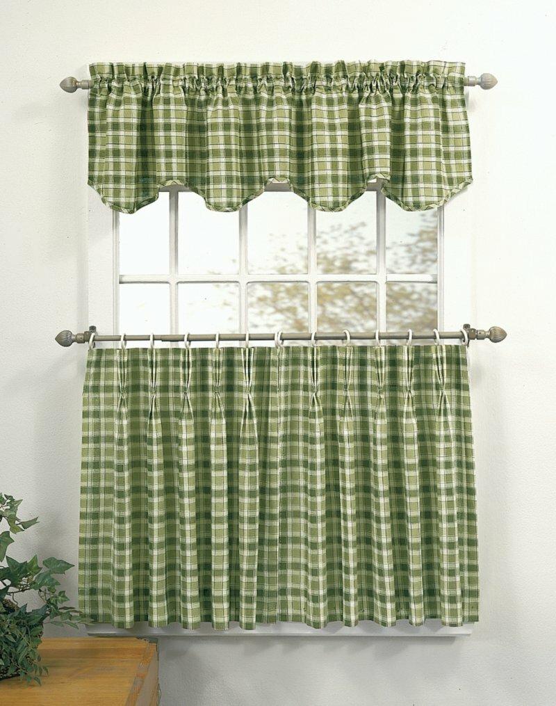 Такие шторы изготавливаются из хлопковой ткани