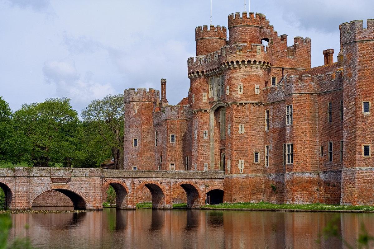 средневековые замки фото картинки столба рассчитывается