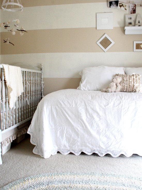 Прежде чем начинать готовить комнату, нужно хорошо продумать, что понадобится вашему ребенку на первом году жизни.