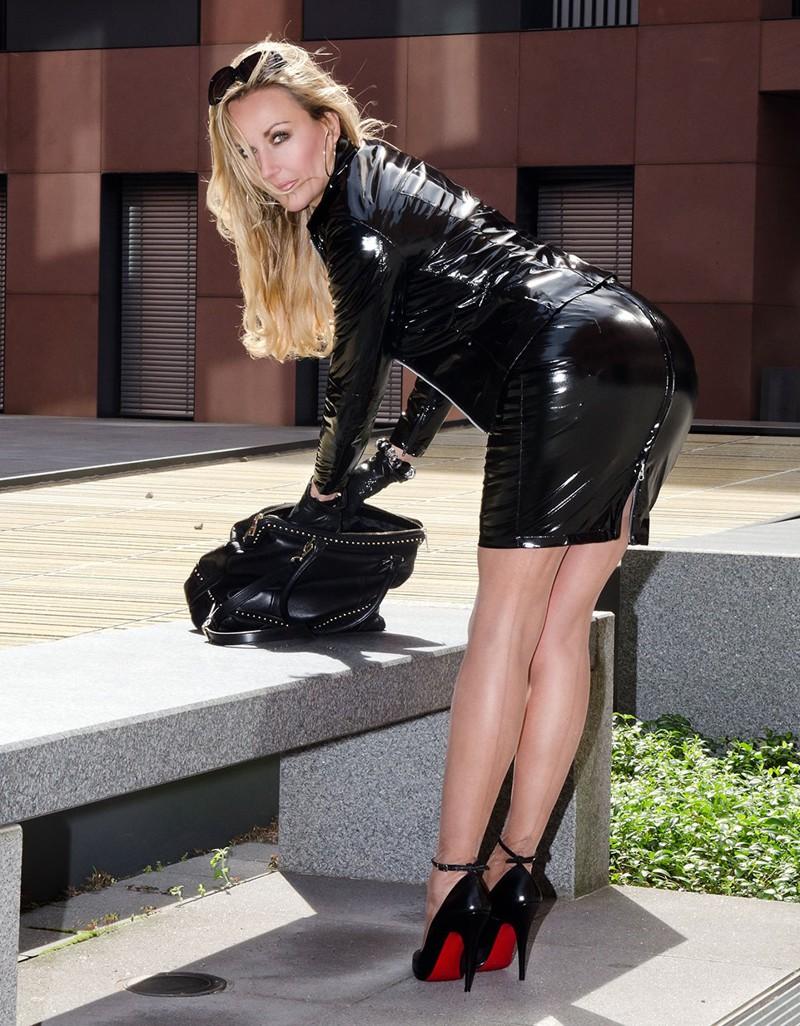 Фотографии сексуальные девушки на высоких каблуках