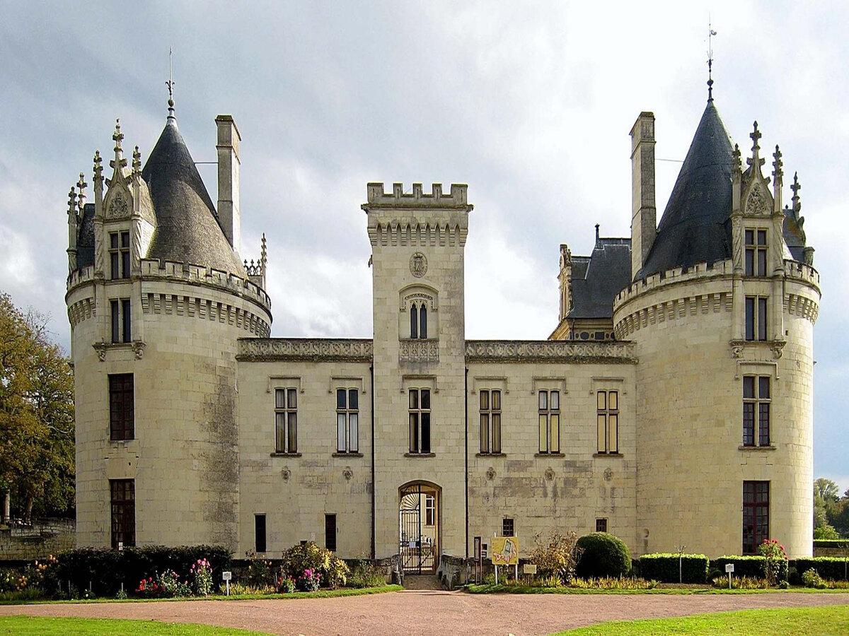 движения современный замок дворец фото бесплатно лучшие
