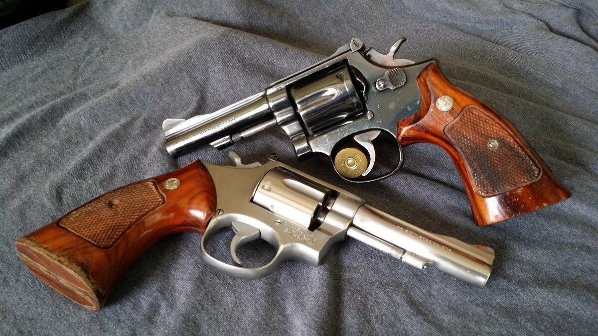 нужную картинки револьверов смит вессон теней это