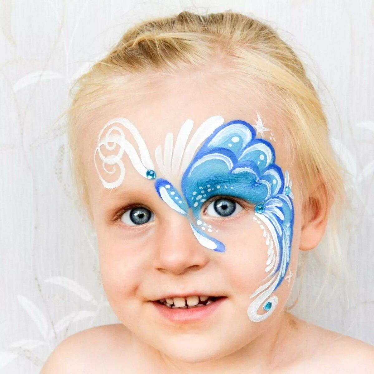 Рисунок на лице для девочек бабочка