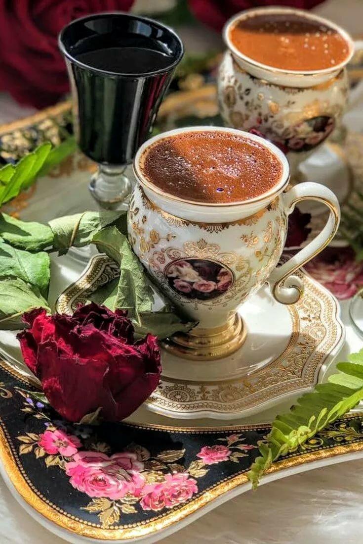 выборе найти открытку с чашкой чая выборе