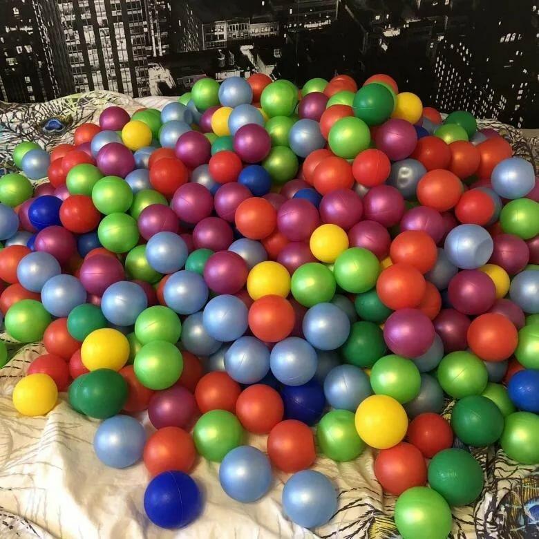 картинка шаров из сухого бассейна чистая