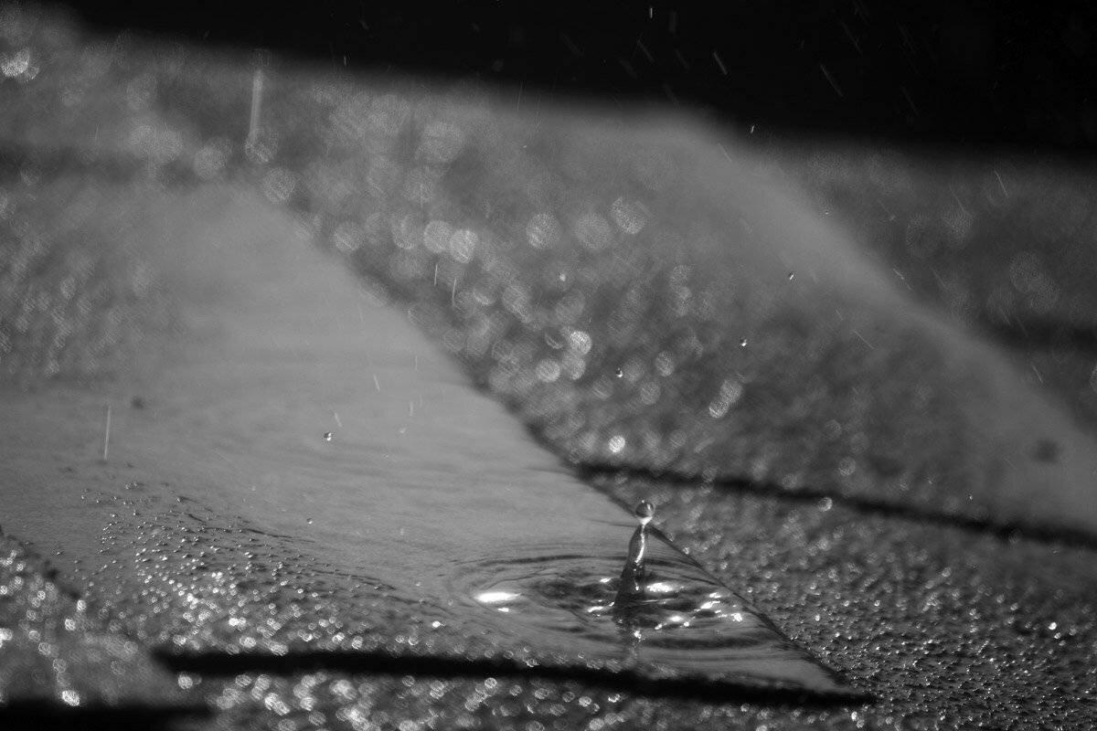фото дождь по крыше него
