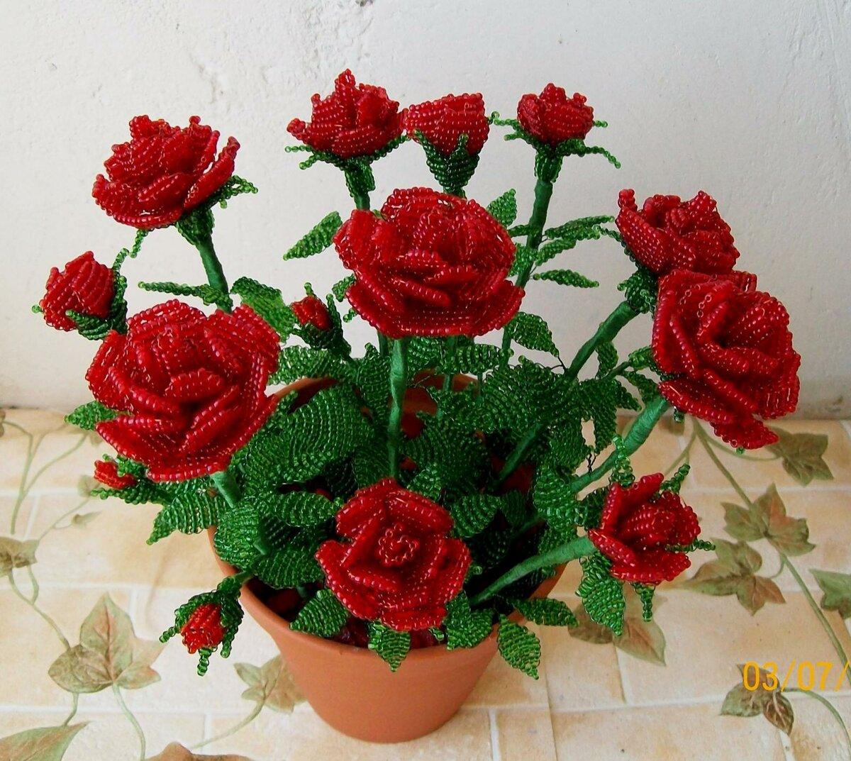 очень красивый букет роз из бисера того, представители анастасии