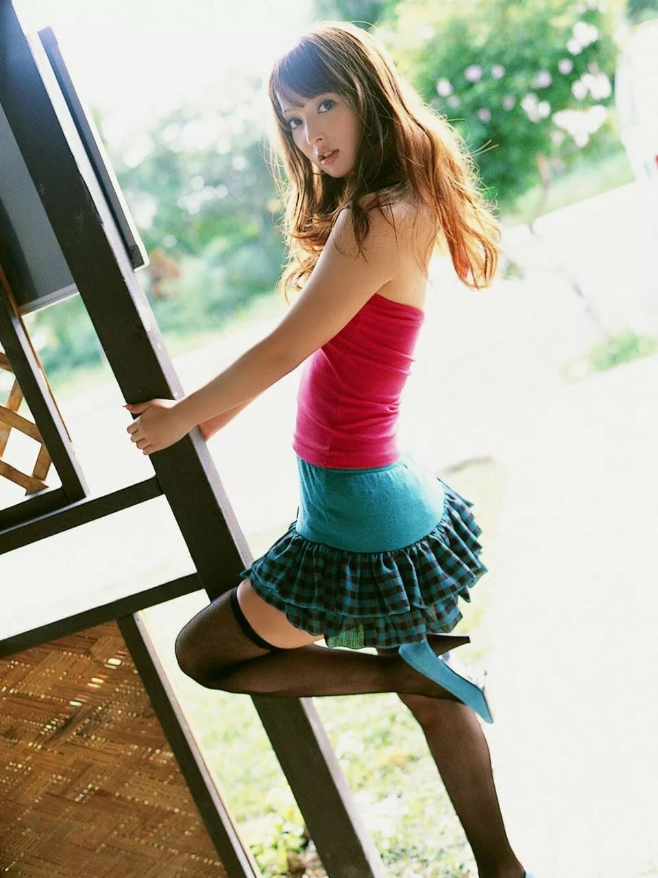 teenager-skirts-rainpow-teen-knee